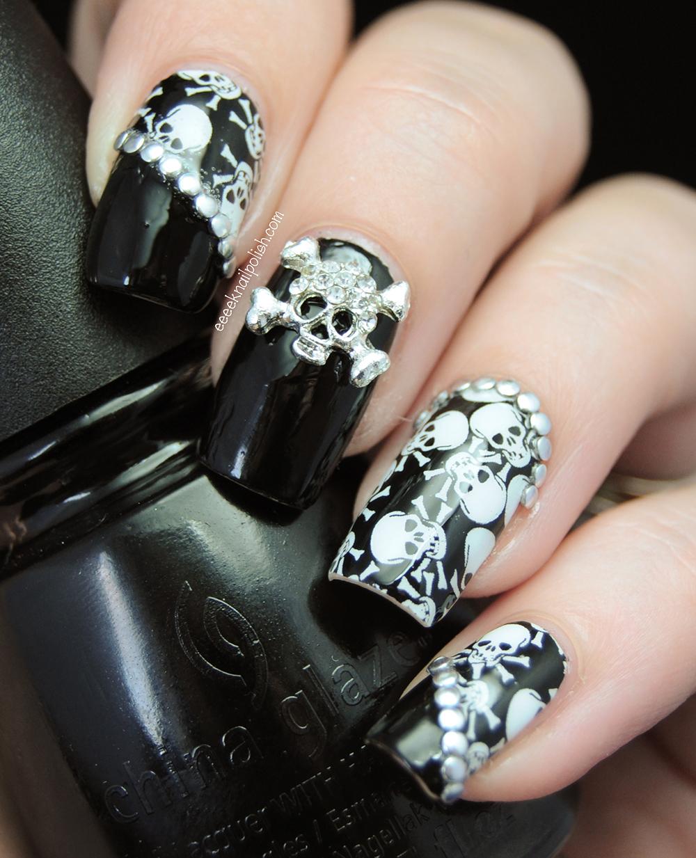 omg-nail-strips-skulls-nail-art-1