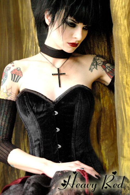 goth-corset--large-msg-124495250273