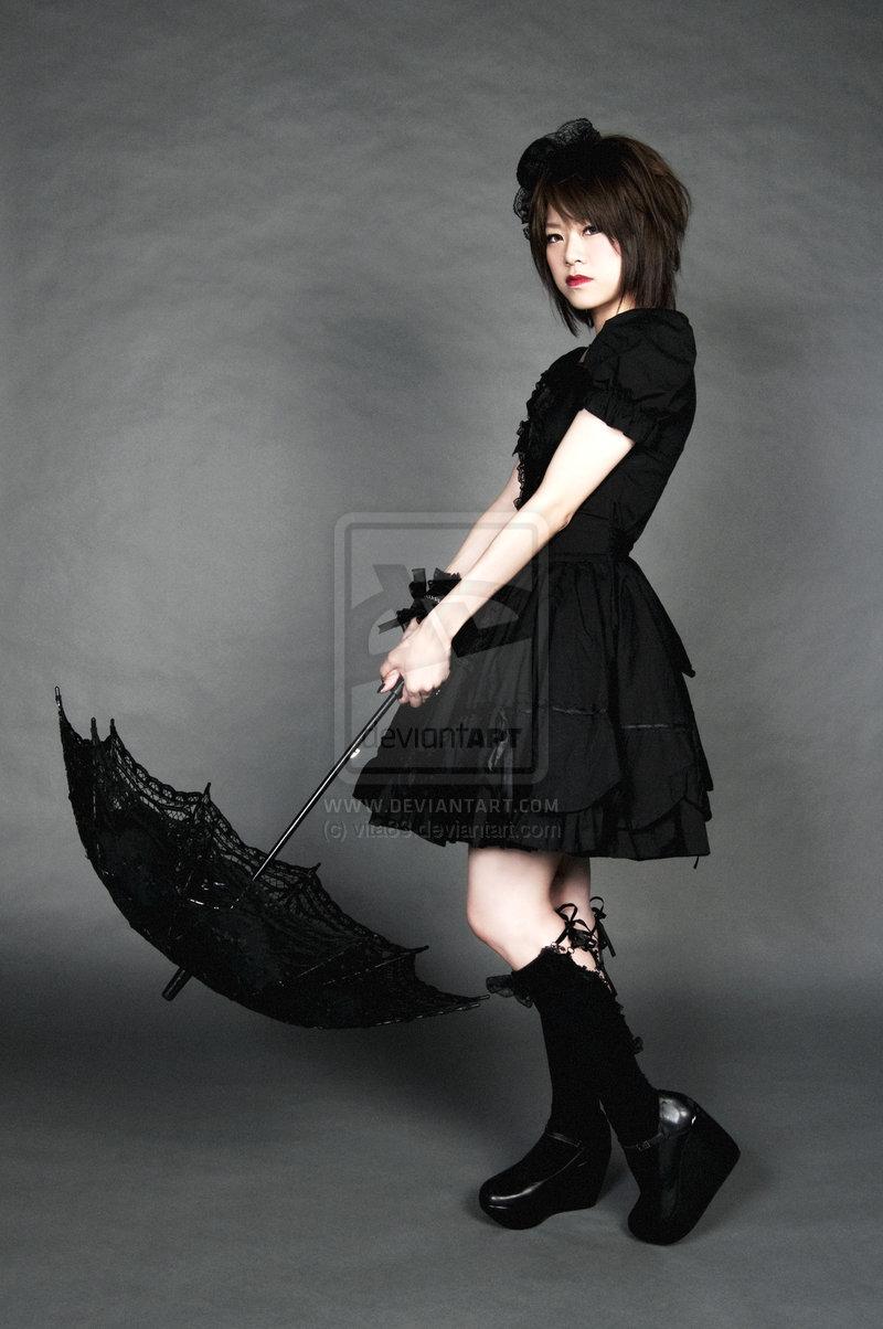 Gothic_Lolita_01_by_vita83