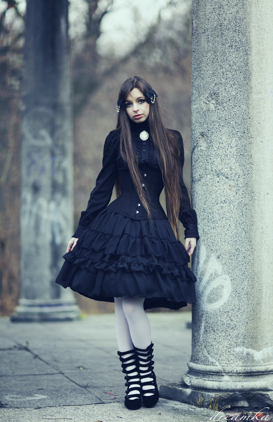 gothic_lolita_doll_by_sarielowa-d6xdji4