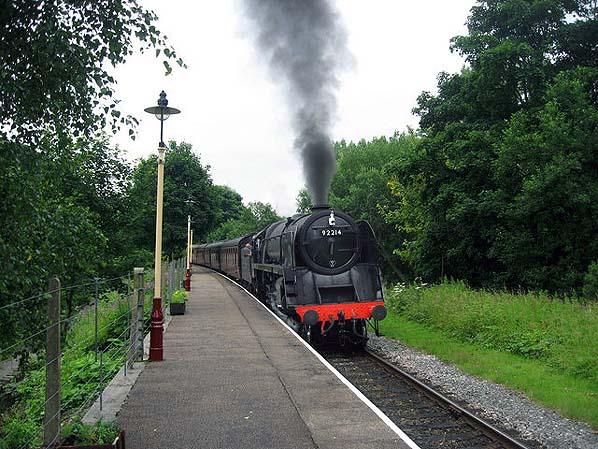 whitby-steam-train