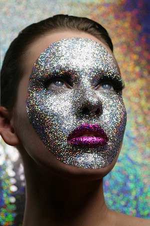 glitter-face-by-sing-lo