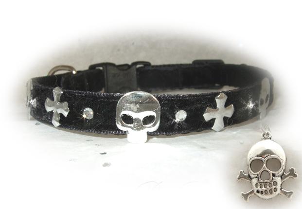 Black_Goth_Kitty_&_Skull__88830_zoom
