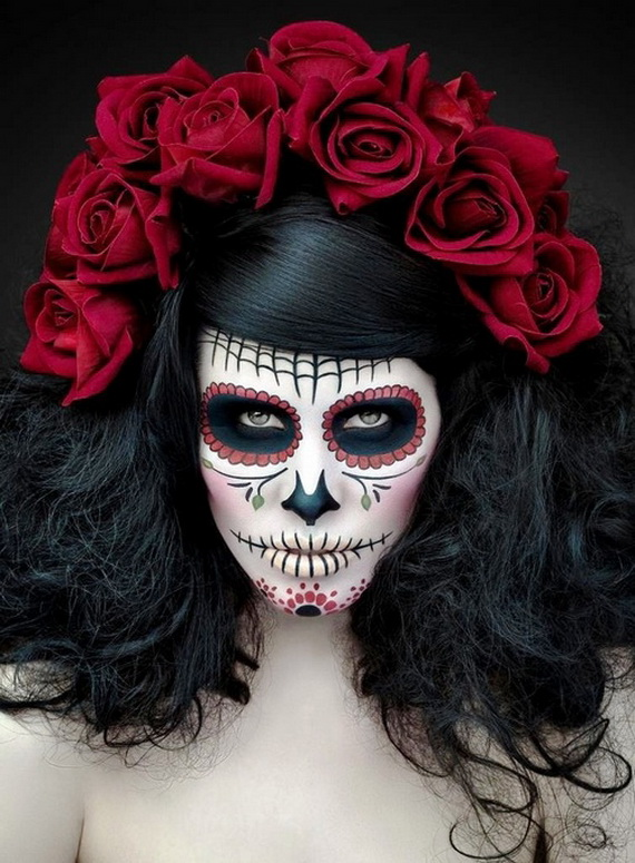 cfdf7268-smush-50Halloween-Best-Calaveras-Makeup-Sugar-Skull-Ideas-for-Women_39