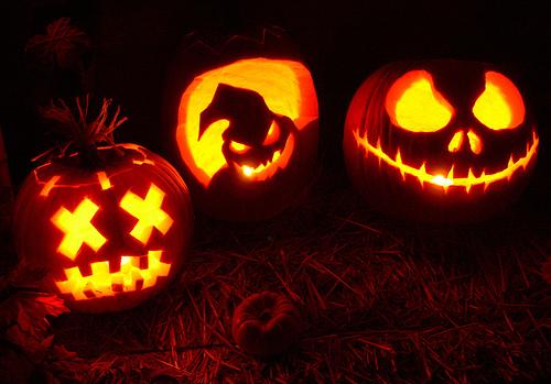 pumpkin-carving1