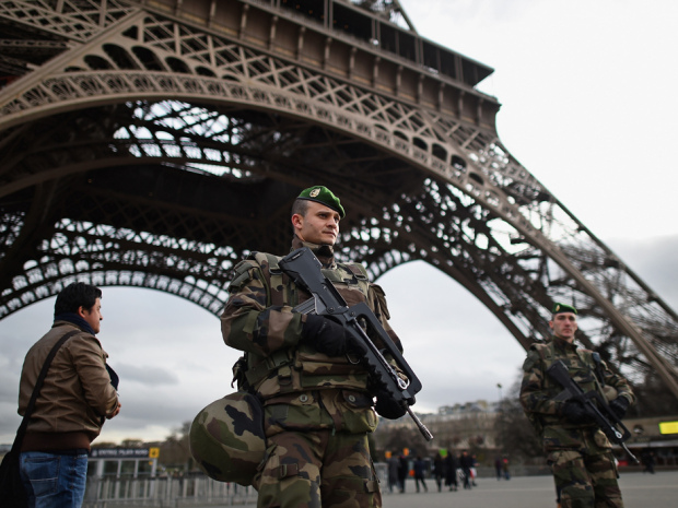 BESTPIX France Deploys 10,000 Troops To Boost Security After Attacks
